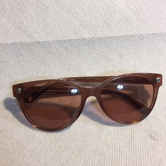 b9df6aba29 Versace made in italy sunglasses. M 5aee5ab085e6053470ab2db4